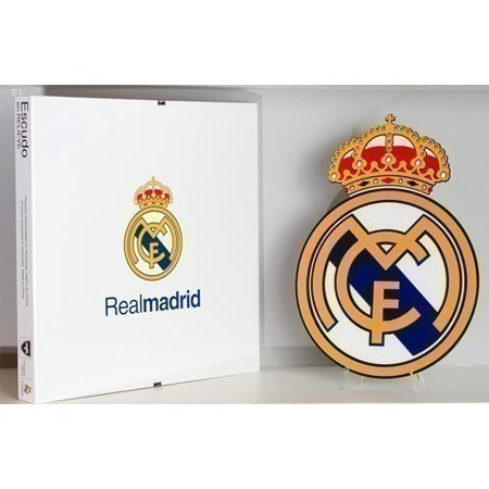 REAL MADRID 3D ACRYLIC CREST w/ STAND Thumbnail